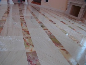 Tile Floor in Hallbrook.JPG